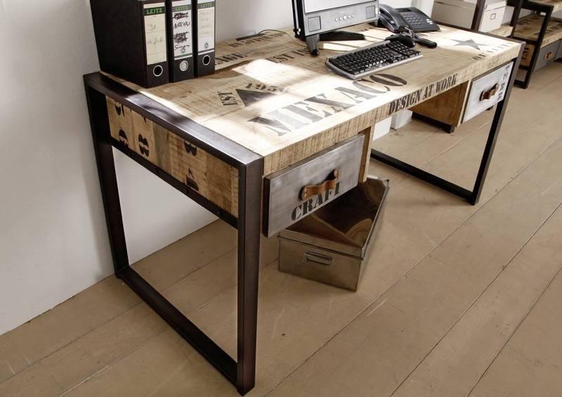 Zariadenie bytu - písací stolík