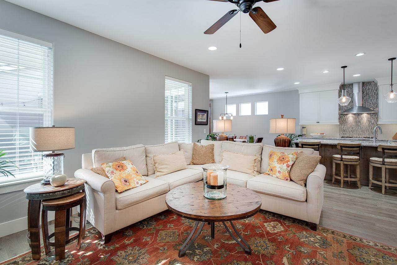 Obývačka s kuchyňou – Aké kombinácie sú tie najidealnejšie?