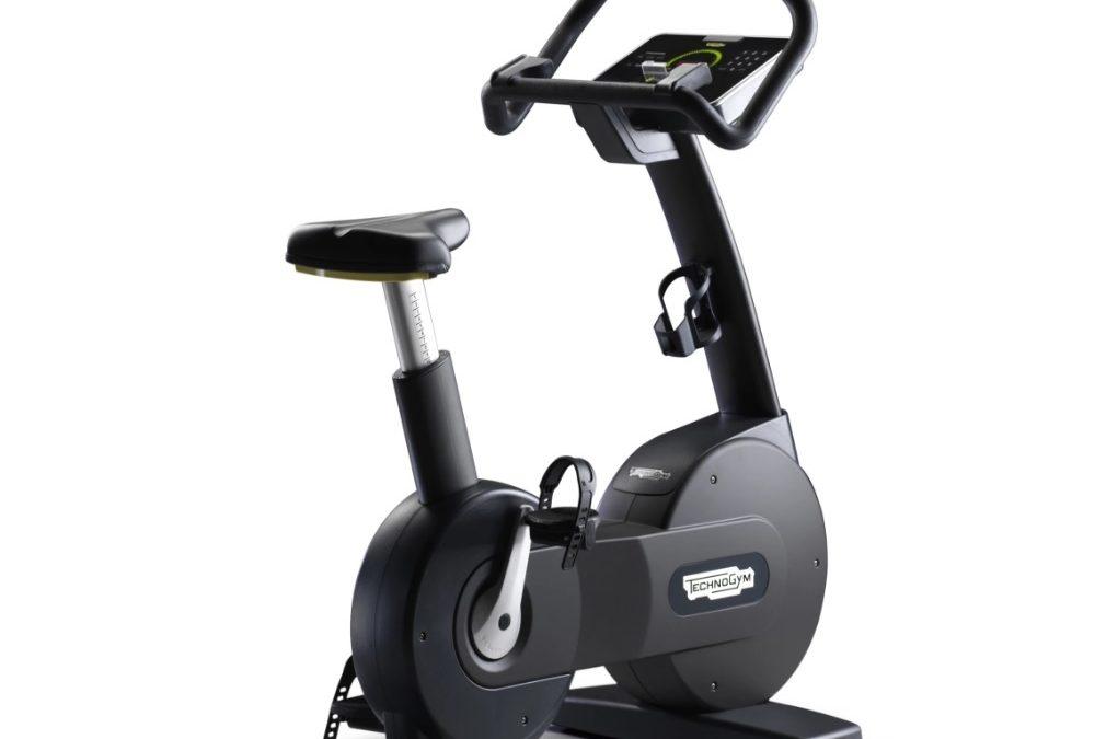Pomáha stacionárny bicykel na chudnutie? Áno, ale v domácom fitku má oveľa širšie využitie
