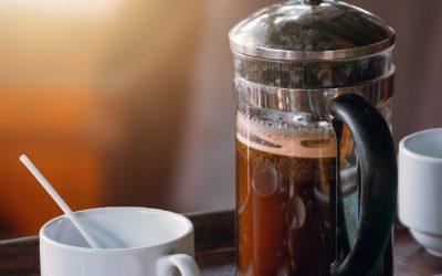 French press, to je domáca príprava kvalitnej kávy s výraznou arómou