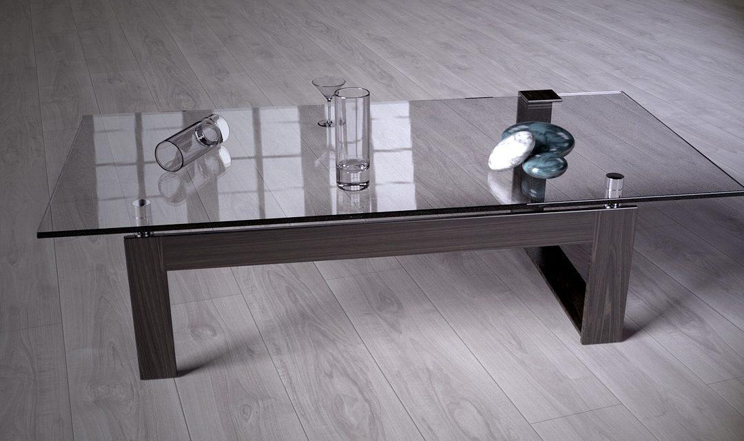 Skrášľuje interiér a vnáša doň eleganciu. Pieskované sklo sa teší obľube aj dnes