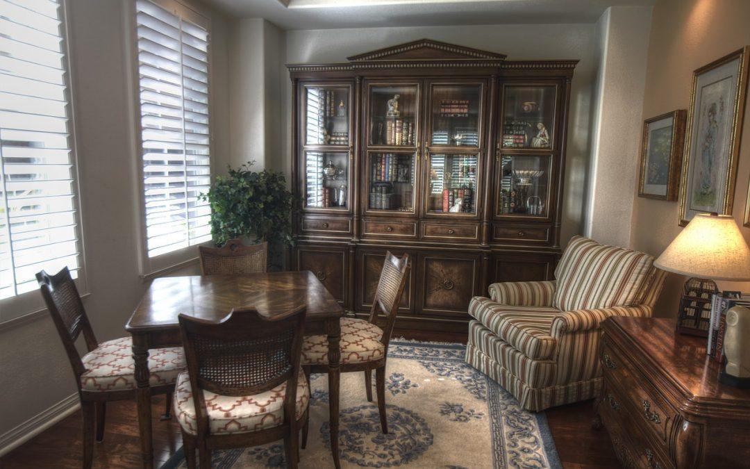 Presklené vitríny do obývačky vám perfektne vyplnia priestor a sú veľmi štýlové