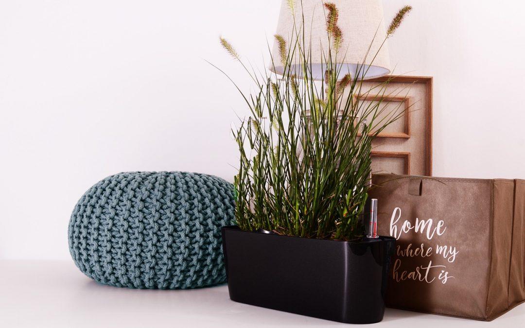 Netradičné, no moderné miesto v domácnosti? Puf na sedenie je to pravé orechové!