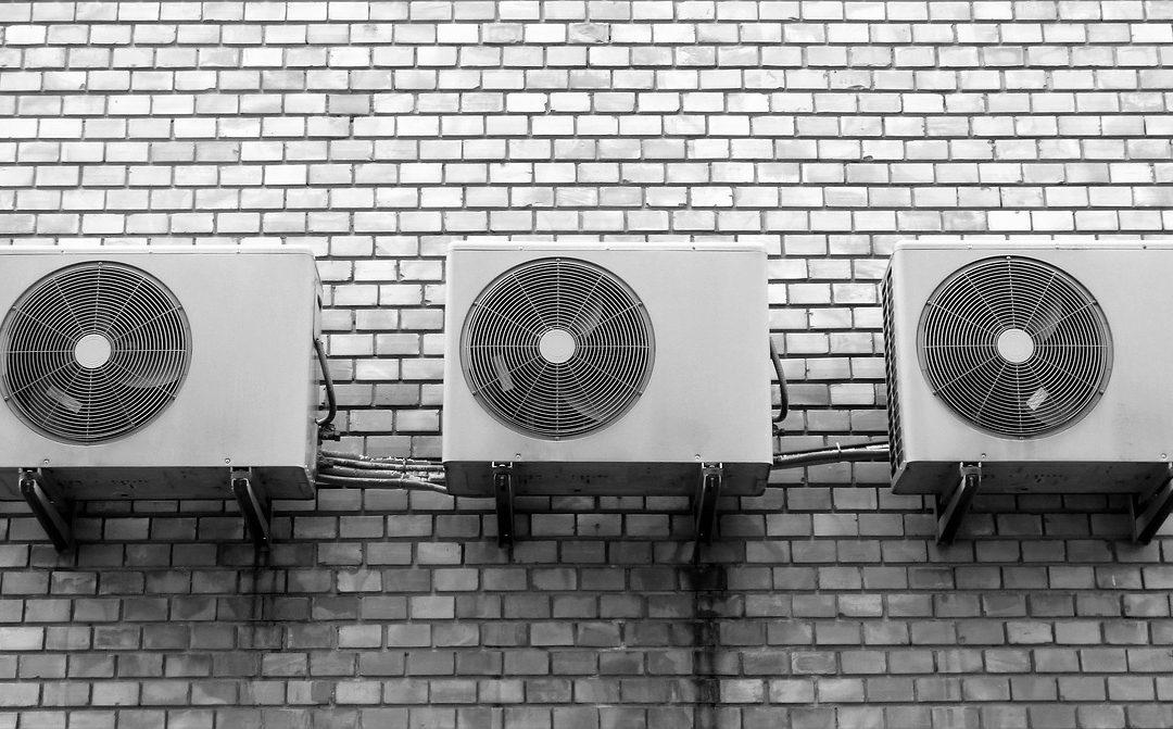 Klimatizácie do bytu sú záchranou nielen počas letných mesiacov. Podľa čoho si vybrať?