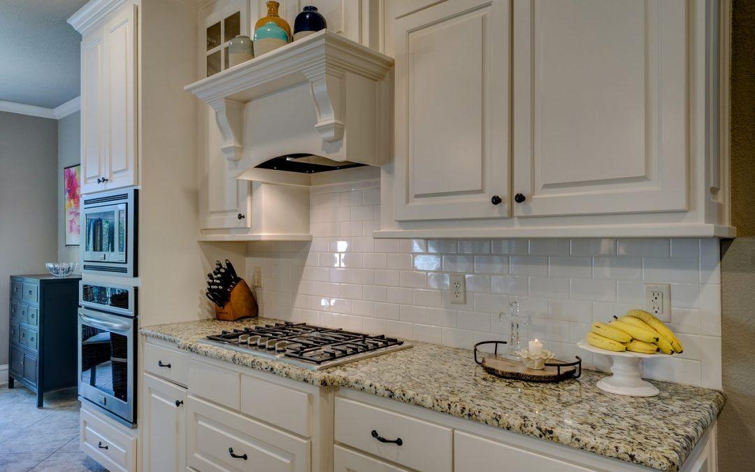 Obklady do kuchyne dodávajú ten správny šmrnc. Preto ich výber netreba podceňovať