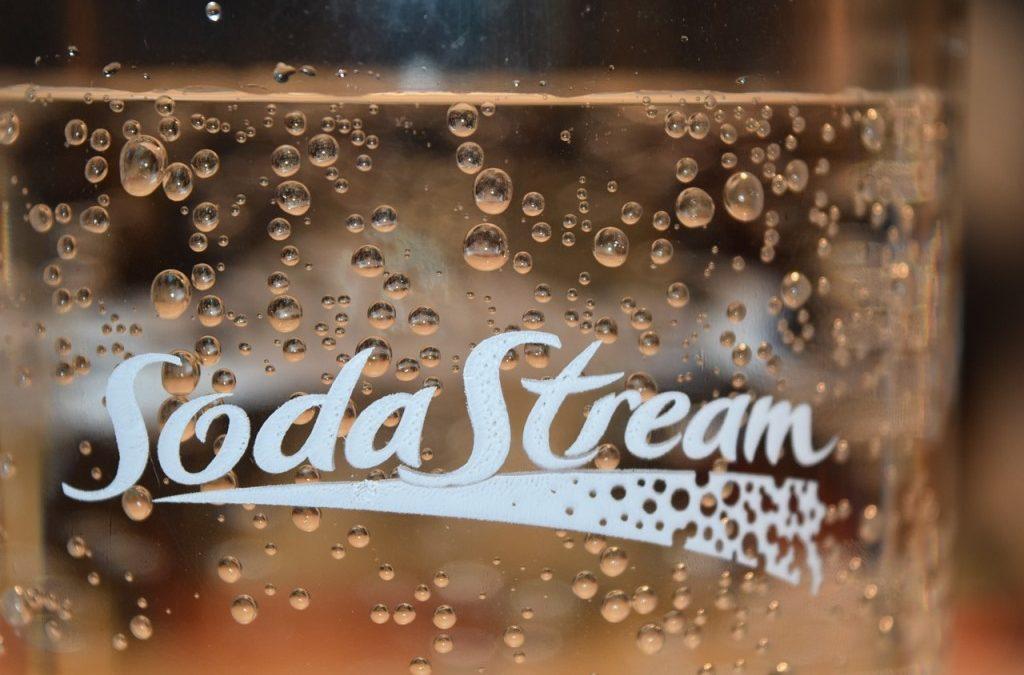 Sodastream vám pripraví minerálku aj limonádu. Prečo si ho vybrať?