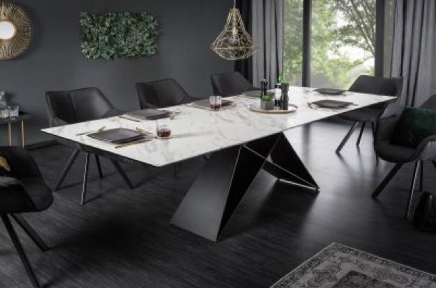 Jedálenský stôl ‒ spoločník na každý deň