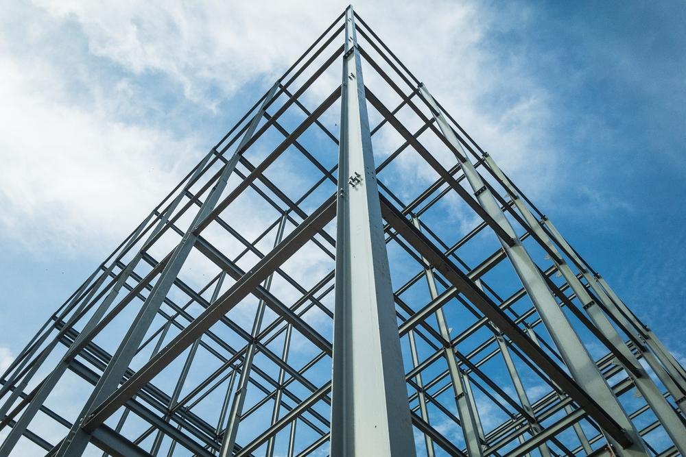 Oceľové konštrukcie – pevný a odolný základ stavby