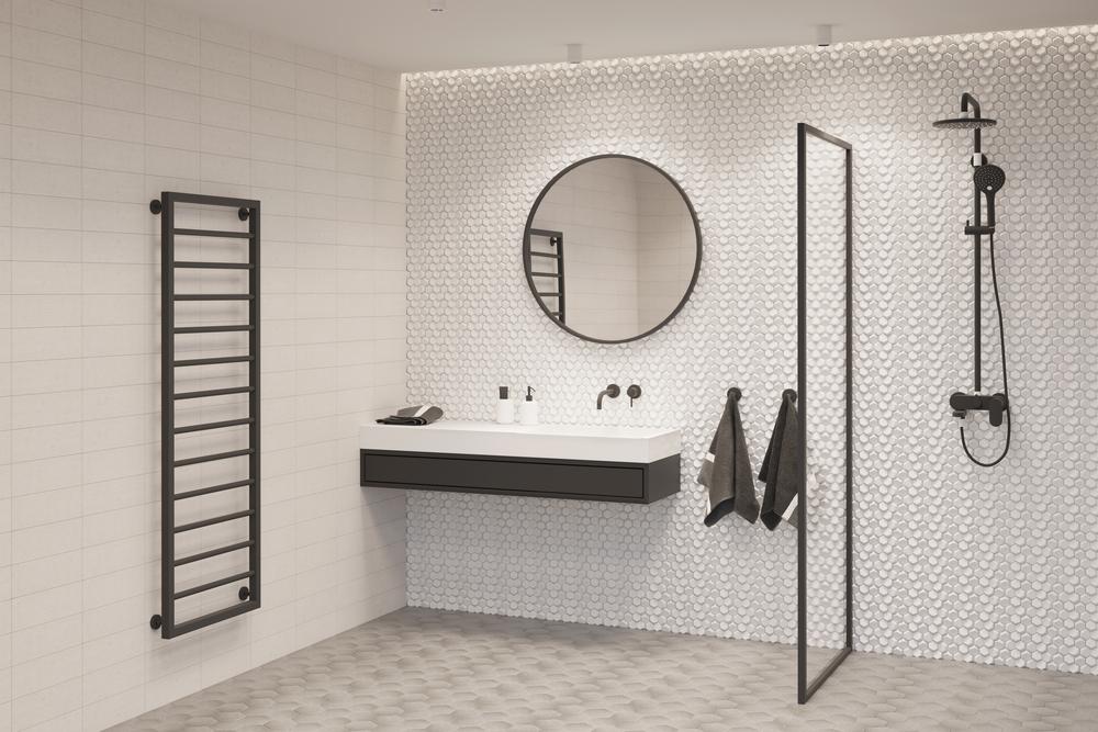 Vymeňte opotrebované veci, ako napríklad sprchovú batériu, vo vašej kúpeľni.